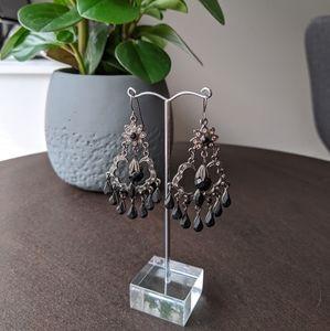 🌸3 for $25 🌸Chandelier earrings